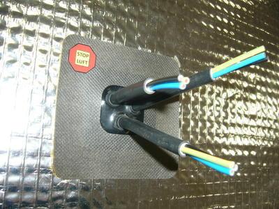 Manžeta pro kabely prům. 4-10mm, 3x průchod - 2